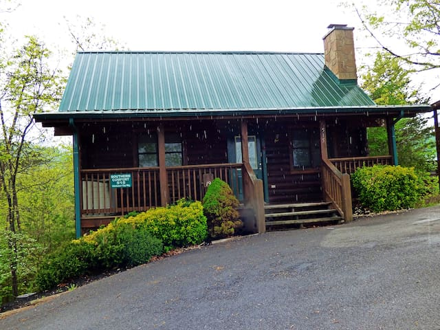 Southern Comfort - Your Perfect Oasis - Pigeon Forge - Chalet