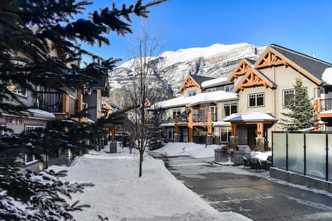 ❊Perfect Rockies Destination w/ Gym & Hot Tub!❊