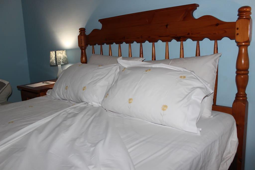 Room 2 Bed & clean linen