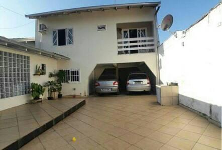 Apartamento no Guanabara com garagem e wifi