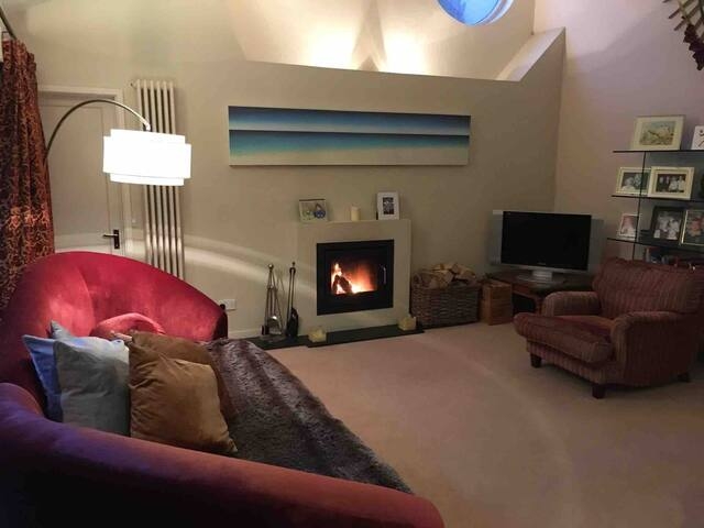 Central Henley-on-Thames location, up to 9 guests