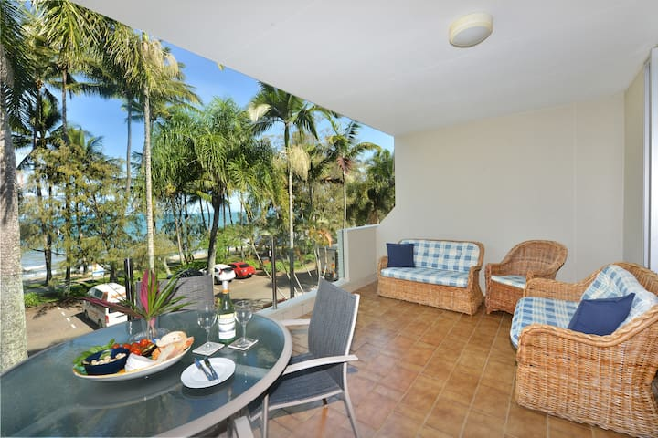 Senna | 2 Bedroom Beachfront Apartment Paringa