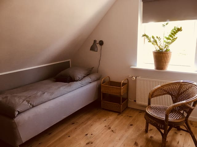 Cosy room (6) in renovated house 30min/Cph