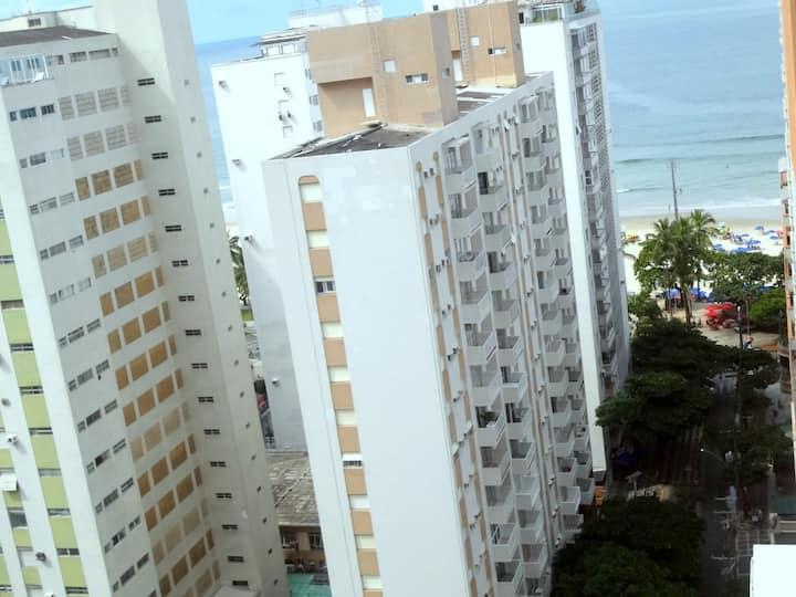 Kitnet Pitangueiras Guaruja A