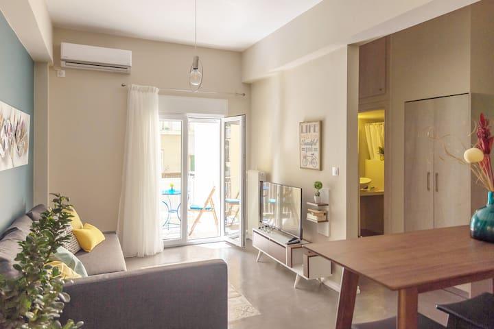 Modern renovated condo in the heart of Koukaki