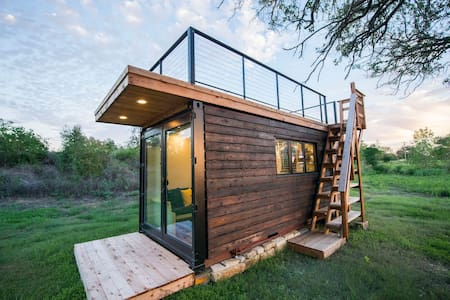 "Elegant Container Tiny House ""Yellow & Blue"""