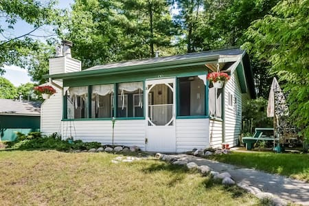 Goshorn Lake Cottage #6