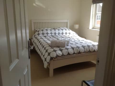 King size bed and ensuite
