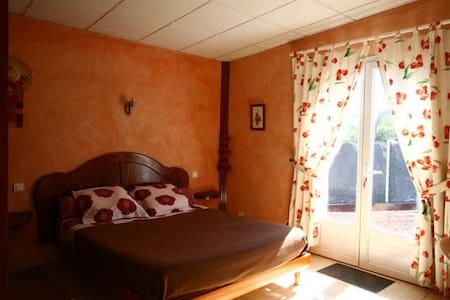 l'Echelle chambre toscane