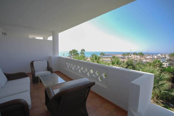 1ra linea de playa Puerto Banús - Marbella