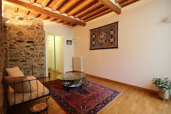 appartamento rustico