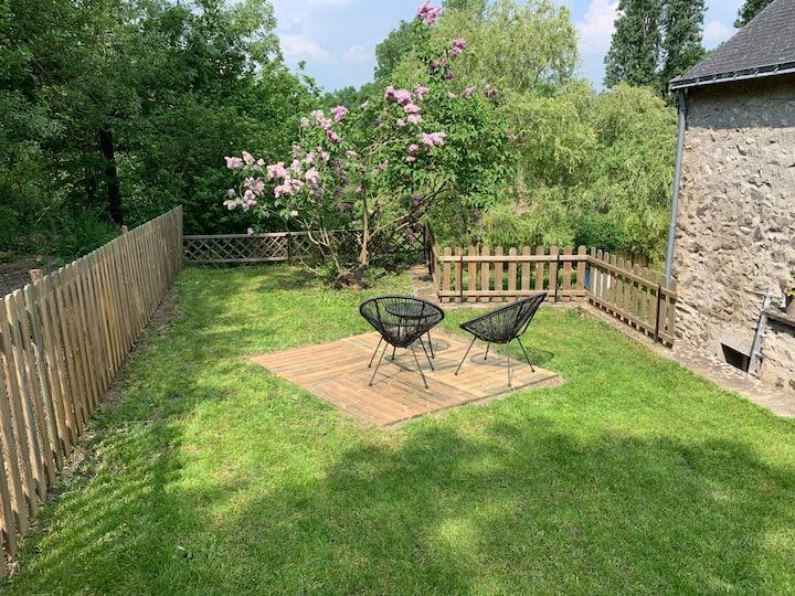 Maison/appartement avec  jardin privatif