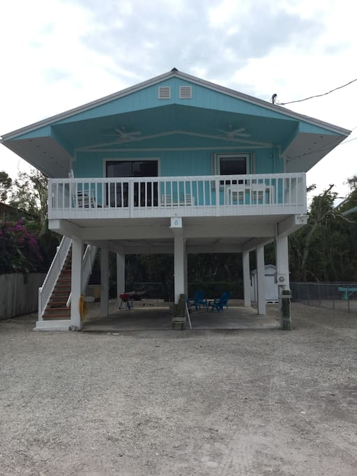 2 bedroom, 1 bath. Key Largo home