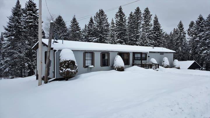 Pitt Stop Inn, Snowmobile trail access.