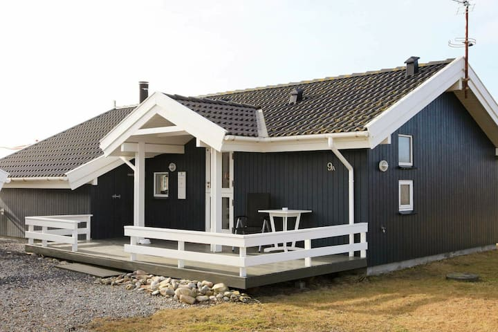 Tranquil Holiday Home in Harboøre near Sea