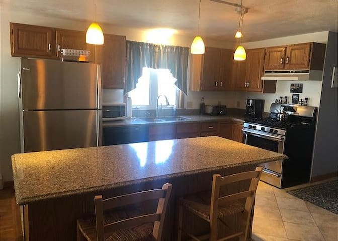 EROSE-Looking for a house near Campground Beach?