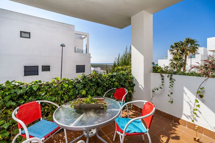 Holiday apartment with balcony and pool - Casa Frank