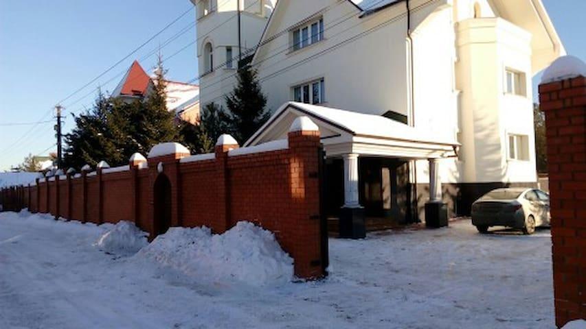Аренда коттеджа посуточно - Aprelevka