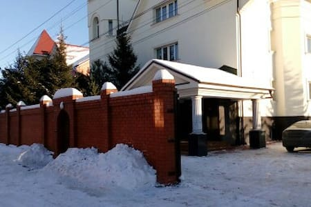 Аренда коттеджа посуточно - Aprelevka - Ev