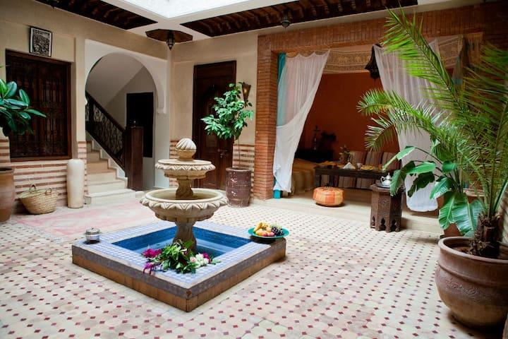 Superbe Chambre dans Riad Exceptionnel