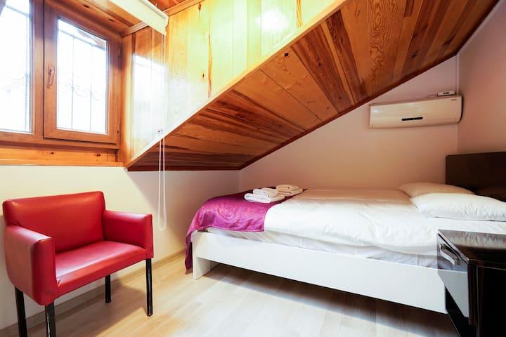 Cozy Room in Hagia Sophia area - fatih - Rumah