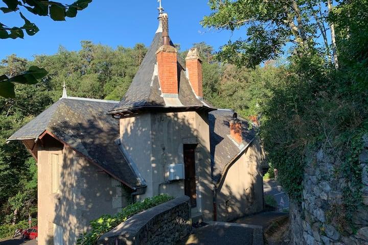 Gemütliche Villa in Saint-Nectaire in Waldnähe