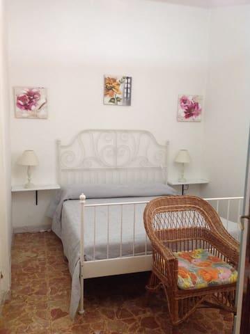 Piccolo appartamento in zona centrale