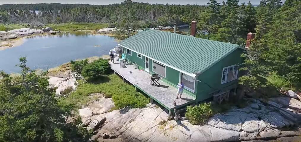 Maison La Pointe, Ryan Island