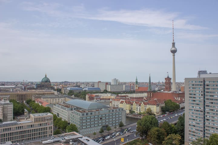 Above the clouds in Berlin's Center | 1 Room