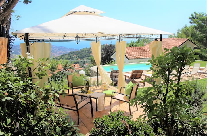 Agata House - Villa with pool for groups