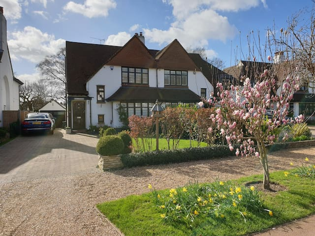 Rose Cottage, quiet luxury so close to London