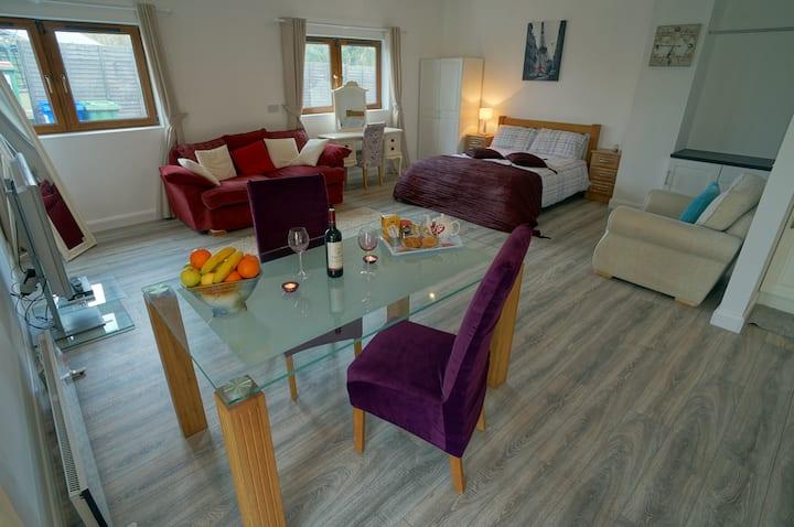 Beautiful Countryside Apartment on Killarney Road