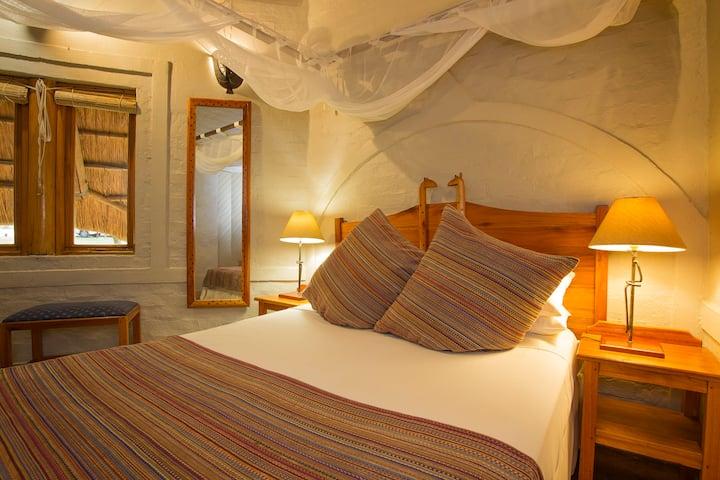 Lokuthula Lodge 3 Bedroom Self Catering Apt