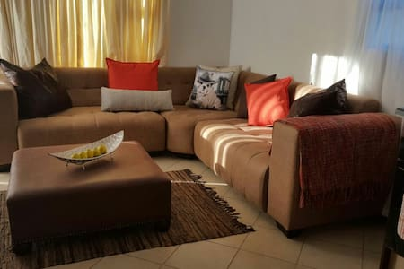 Homely apartment - Roodepoort