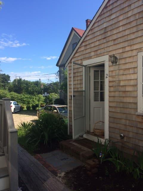 Cozy Rustic Cottage Getaway