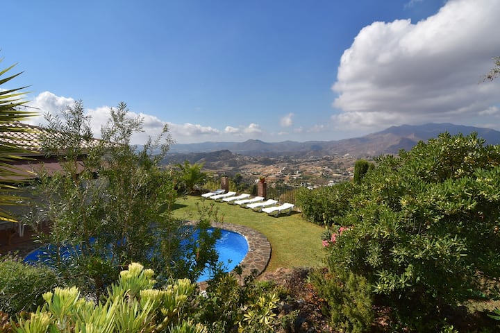 Villa in Mijas with fenced pool area