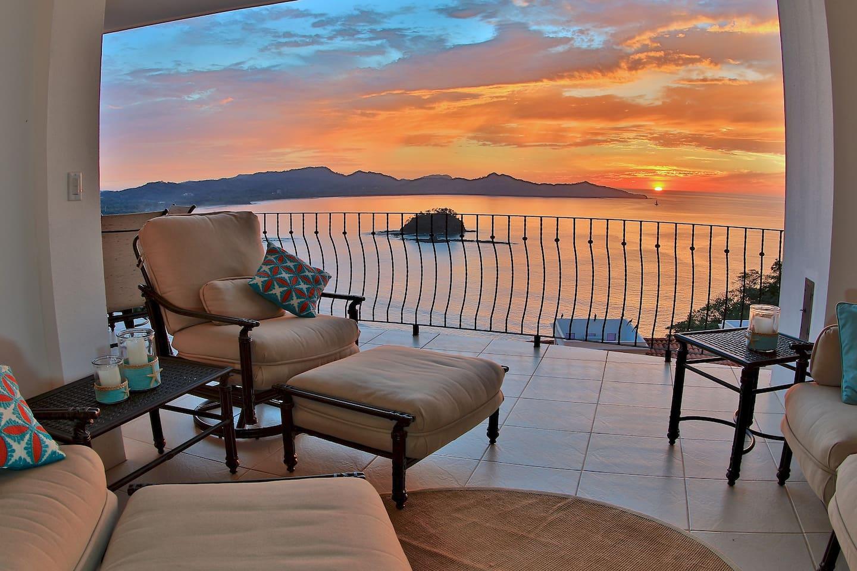 Breathtaking Ocean View Condo