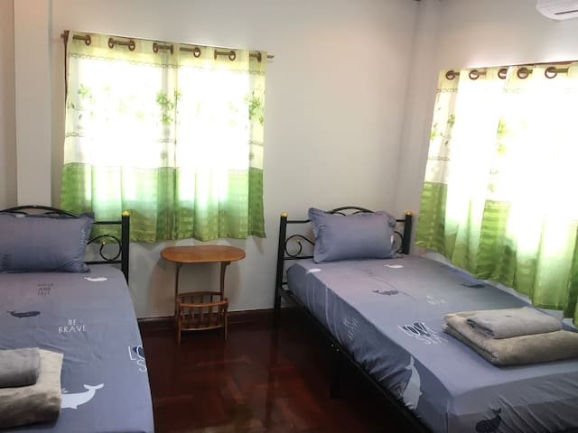Baan Chang Guesthouse•Twin Room