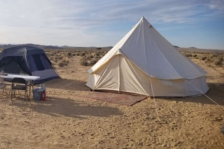 Joshua Tree Glamping Dirtbag Z Yurt Tent Official Joshua Tree California Ca Usa 1 Bedroom 1 Bathroom Near joshua tree national park west entrance. rentbyowner com
