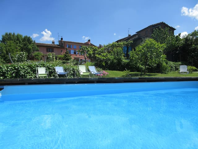 GLICINE - Villa Gaia - Santa Maria Della Versa - Talo