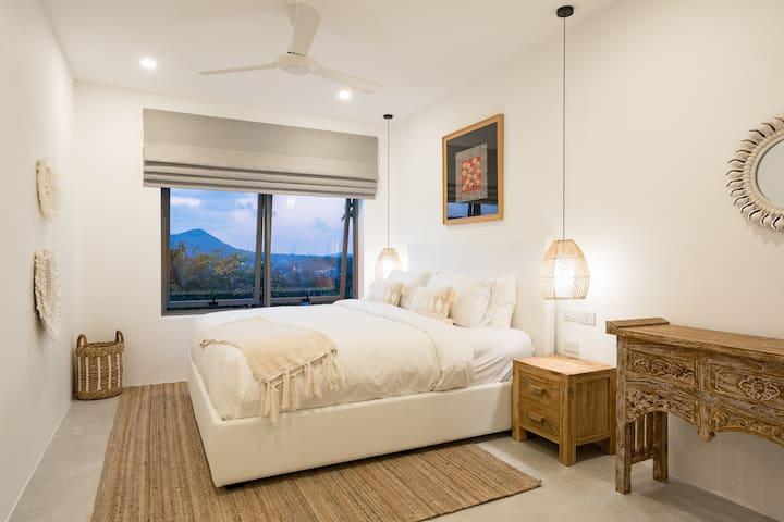 Brand New Luxury 3BR Villa Near Fishermans Village