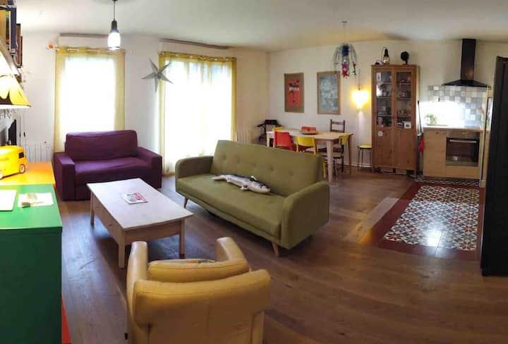 Appartement calme avec double jardin