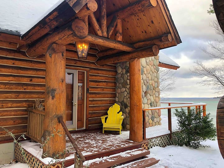 ★ Hawk's Nest Cabin - Wine Country Getaway, on Lk★