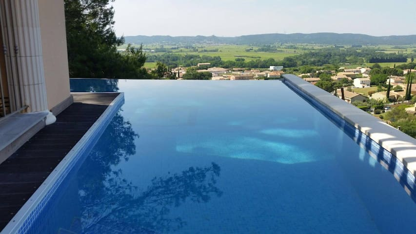 In provence, luxury private villa - Laudun-l'Ardoise - Huvila