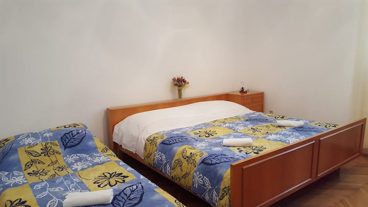 Room Mojito 1 in Novalja city center for 3 pax