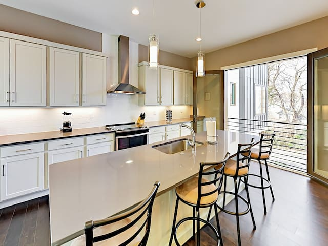 This brand-new condo is professionally managed by TurnKey Vacation Rentals.