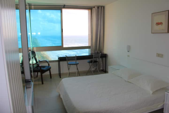 Furnished studio near the sea 2