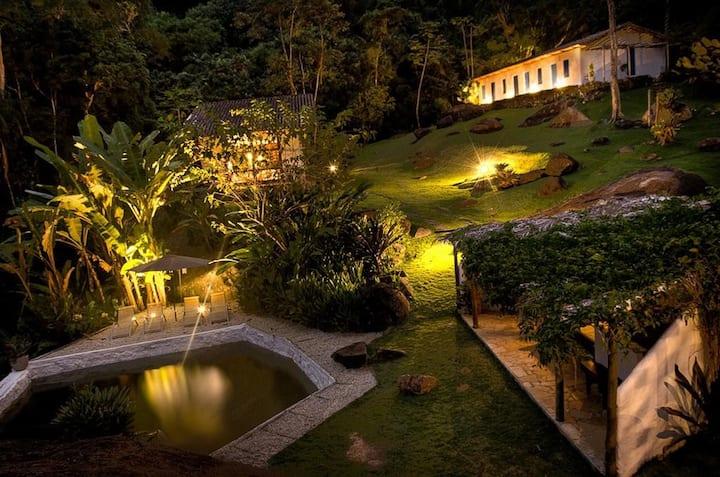 Paraíso Tropical entre as melhores Praias de SP
