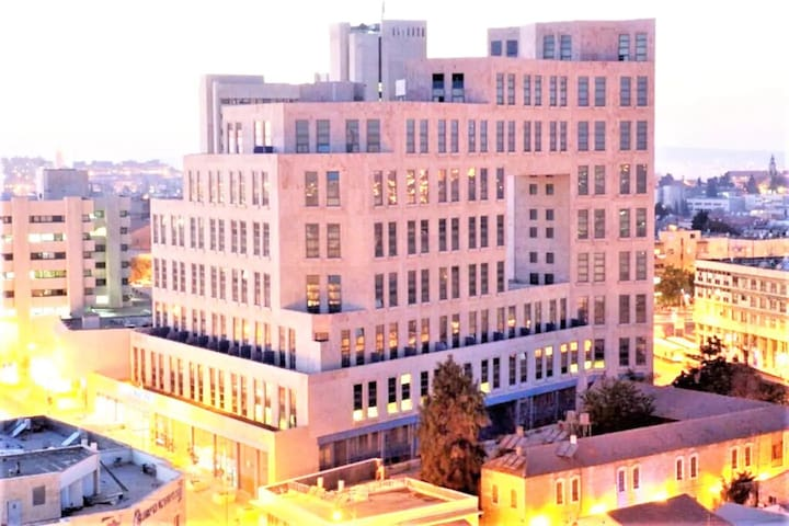 ✦  3 BDR Heart of JLM  || Modern || Huge Balcony ✦