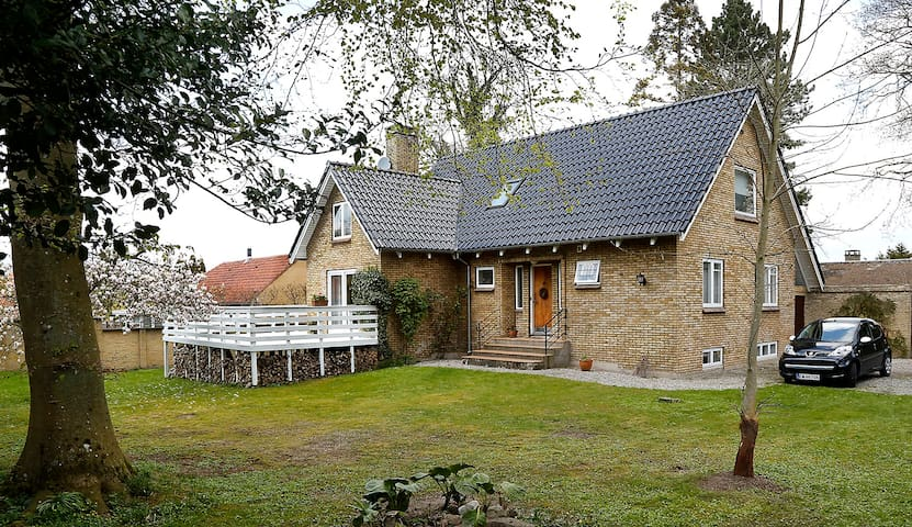 Smuk villa i centrum af Odense